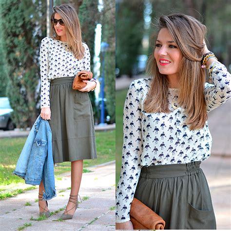 Fasiha Shoes Hellena Sonja helena cueva buylevard blouse zara skirt zara heels barneto shop clutch flamingo shirt