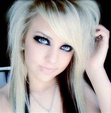 emo hairstyles thick hair emo hairstyles for girls with medium hair
