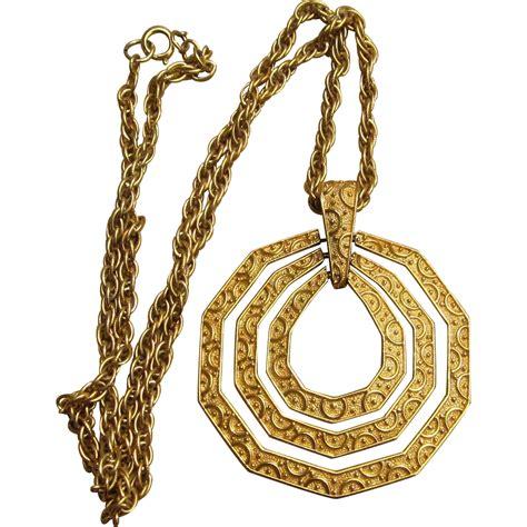 crown trifari large vintage pendant unique necklace from