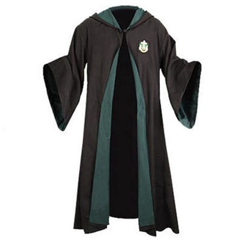 harry potter house robes snitchseeker wbshop spotlight review harry potter slytherin house robes