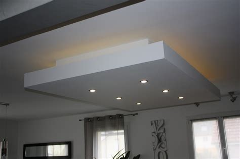 Led Eclairage Plafond by Bricolage De L Id 233 E 224 La R 233 Alisation Faux Plafond
