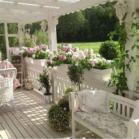 veranda vorm haus gsfrenchshabbylife garten balkon g 228 rten