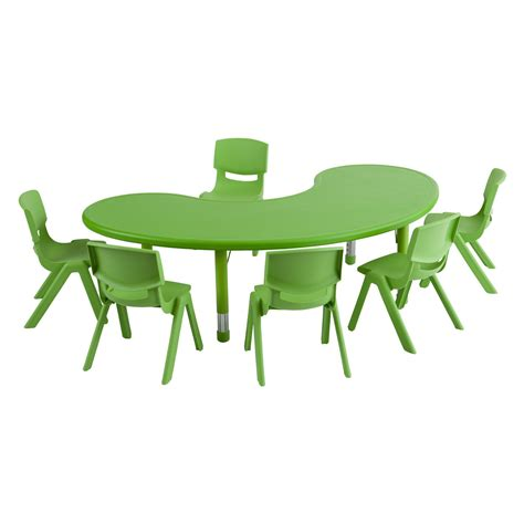 activity table and chairs marceladick
