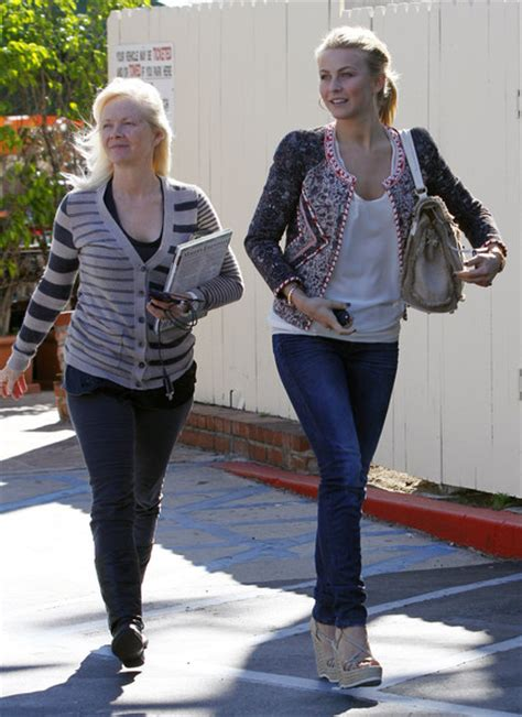 Mari Anne Hough Julianne Mother | mari anne hough in julianne hough lunches with her mom