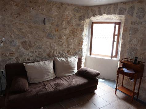 Steinwände Im Wohnzimmer 660 by Streichen Schlafzimmer
