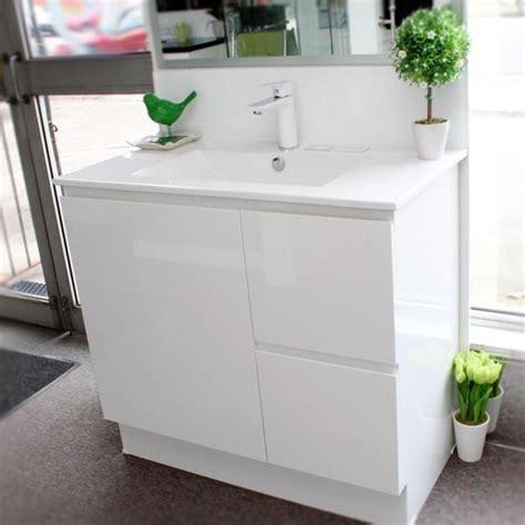 900 Bathroom Vanity by Timberline Nevada 900 Floor Standing Vanity Unit