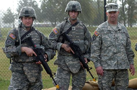 To Guard Us guard soldiers compete with army s top 24 warriors