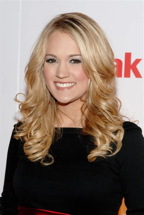times carrie underwood gave  major hair inspiration