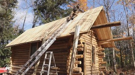 log cabin lets make this house into a home pinterest canadian man builds impressive log cabin by himself in