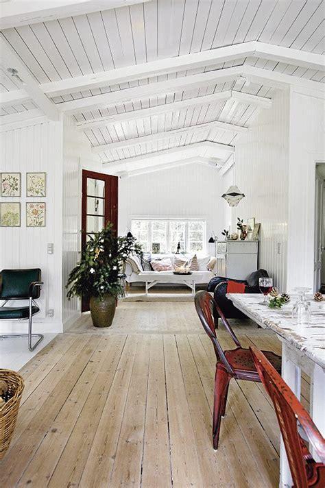 Painting Wood Windows White Inspiration 달마시안 스칸디나비아 인테리어