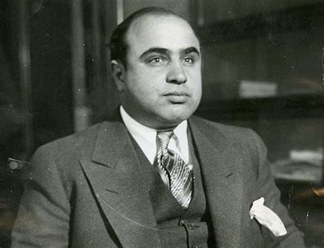 al capone s wars a complete history of organized crime in chicago during prohibition books 10 criminal facts about the history of alcatraz listverse