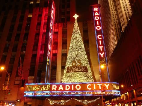 tree at radio city nyc lucky 2b here