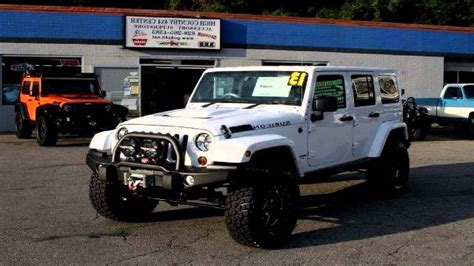 lifted jeep white the gallery for gt white jeep wrangler unlimited lifted