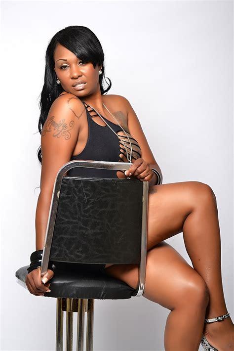 model mayhem women over 40 model lastarya black black models picture