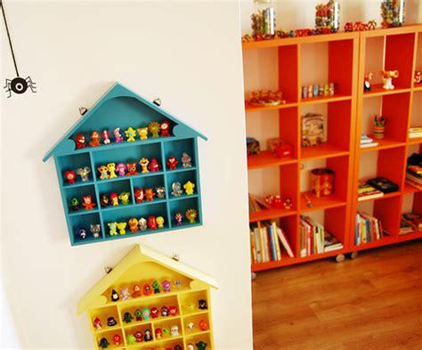 organizar juguetes una casita para los gogos