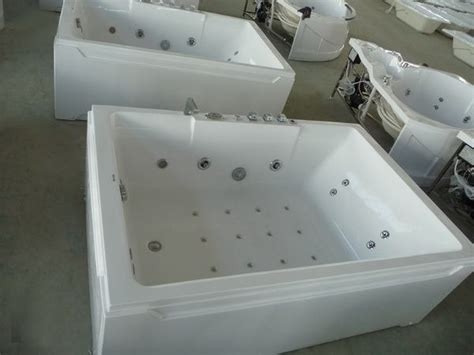 clearance jetted bathtubs reversadermcream