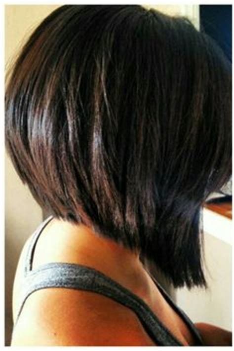 tapered bobs with tail in back long inverted bob on my model i did a graduated long bob