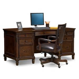 Home Office Desk And Chair Set Ashland Executive Desk And Chair Set Cherry Value City Furniture