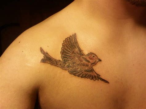 sparrow tattoo on wrist sparrow tattoos designs ideas and meaning tattoos for you