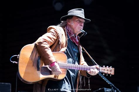 neil young fan page neil young blasts google and other quot tech giants quot in