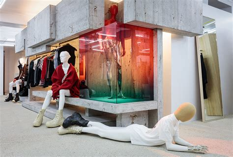 dover street market moves    home  london yellowtrace