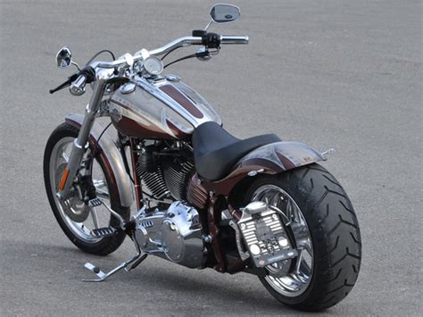 Welches Motorrad F Hrt Jax In Sons Of Anarchy by Softail Out 2013 S 30 Milwaukee V Harley