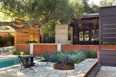 backyard landscape designs   minimal maintenance