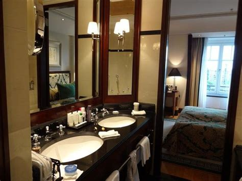 Executive Bathroom Picture Of Hotel Adlon Kempinski