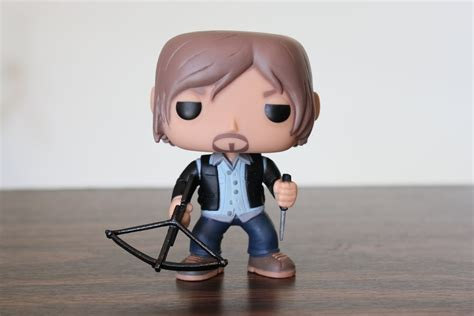 Funko Pop The Walking Daryl Dixon With Rocket Launcher Figure biker daryl the walking dead funko pop review