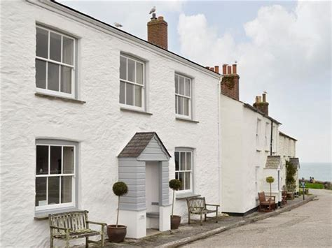 Cottages Near St Austell by The White House Ref Ukc1578 In Charlestown Near St