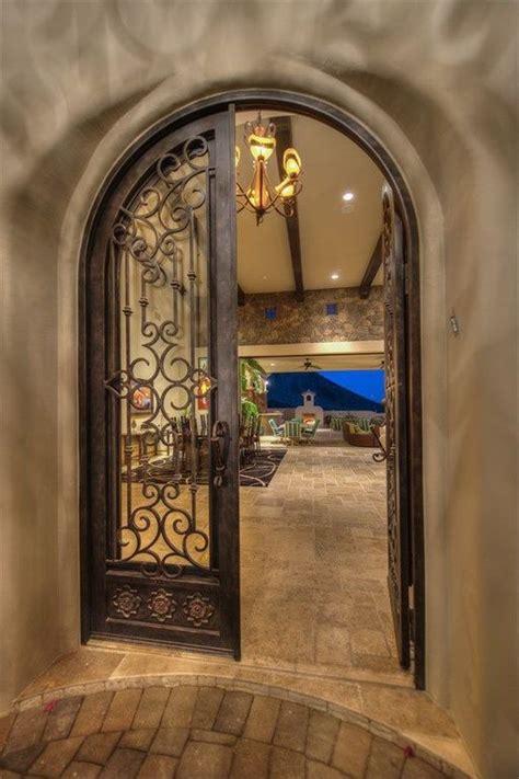 Mediterranean Front Door 1000 Ideas About Mediterranean Front Doors On Glass Doors Style Homes And