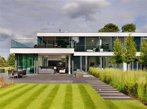modern country home modern berkshire country home in england by gregory