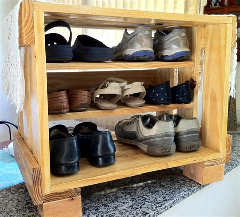 diy wood shoe rack upcycled pallet shoe rack pallet furniture diy