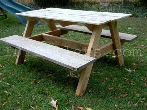 pallet picnic bench 15 unique pallet picnic table 101 pallets