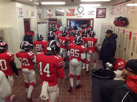 ohio state football locker room all access with glenville s football team all day today as tarblooders play for state