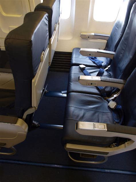 airline seats recline airline seating air rage on high witnessing the recline