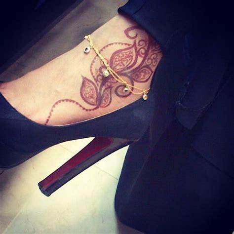 henna tattoo and christianity 22 best tatoos images on henna mehndi henna