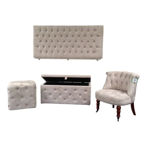 bedroom chair and ottoman sets bedroom chairs kensington bedroom set double headboard