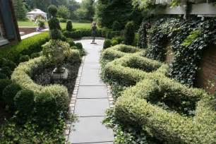 Formal Garden Designs - 25 formal garden designs garden designs design trends
