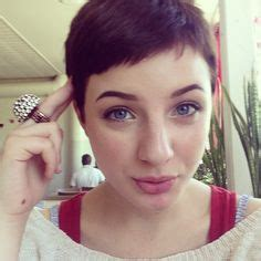 proper pixie cuts on older women pixie cuts on pinterest pixie cuts pixie haircuts and