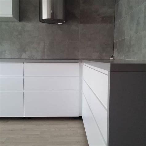 beton küchen countertops beige fliesen k 252 che
