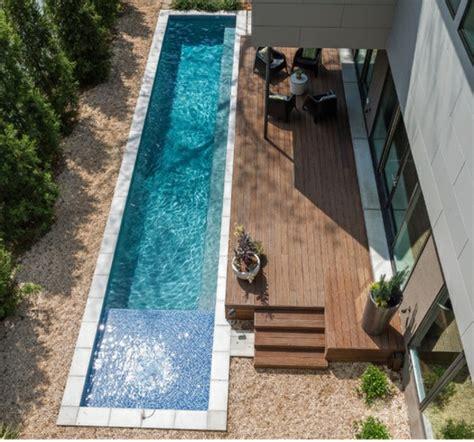 kleines schwimmbecken pool im garten bauen arten schwimmbecken