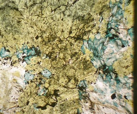 glaucophane thin section serpentinite thin section www imgkid com the image kid