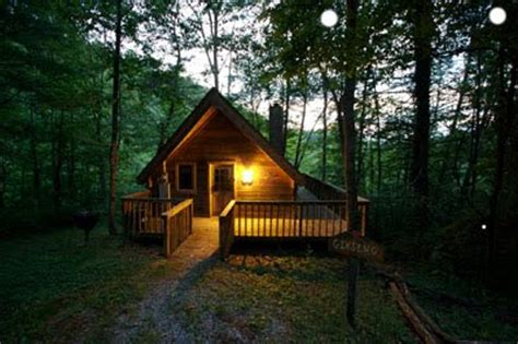 Gatlinburg Cabins Honeymoon Packages gatlinburg vacation cabins honeymoon privacy gatlinburg elopement packages take the lead for