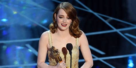 emma stone oscar movie emma stone reacts to oscars best picture mix up quot is that