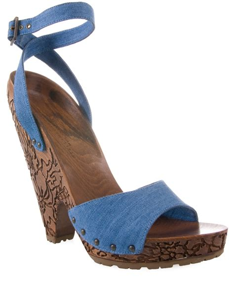 Sepatu Stella Mccartney 1 lyst stella mccartney denim sandal with carved wooden heel in blue
