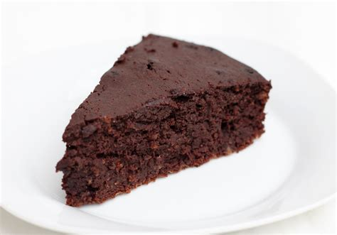 slice of pin slice of checkered cake are you curious to make