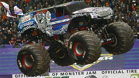 monster truck jam vancouver monster jam underway in vancouver news 1130