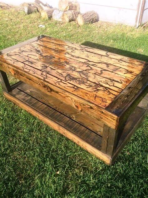 Diy Patio Coffee Table Upcycled Pallet Coffee Table For Outdoor 101 Pallet Ideas