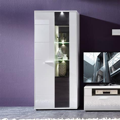 kommode weiß hochglanz 130 cm farbgestaltung schlafzimmer beispiele